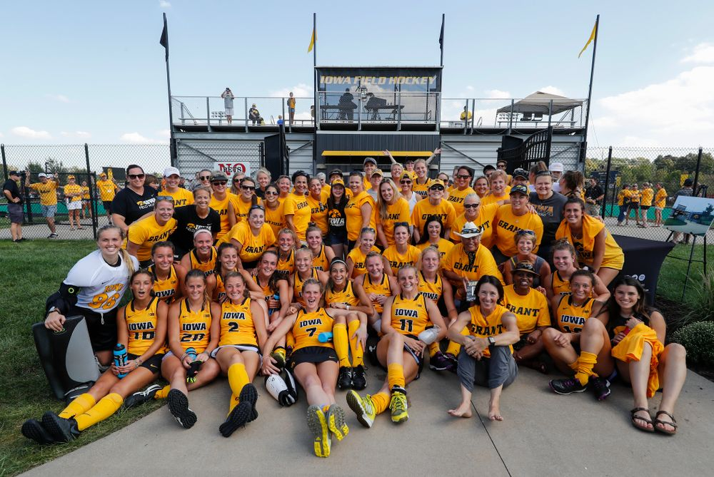 Iowa Field Hockey Alumni pose for a photo with the current Iowa Hawkeyes following their victory over Indiana Sunday, September 16, 2018 at Grant Field. (Brian Ray/hawkeyesports.com)