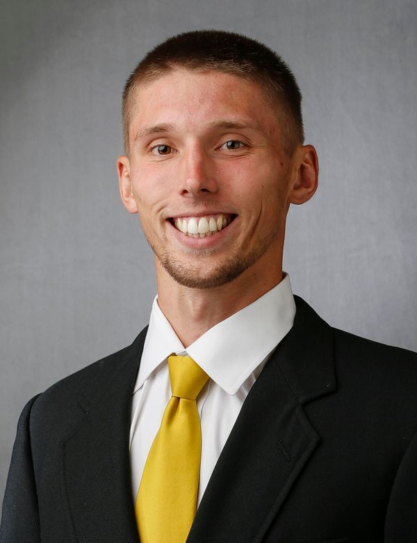 Jarrod Uthoff - Men's Basketball - University of Iowa Athletics