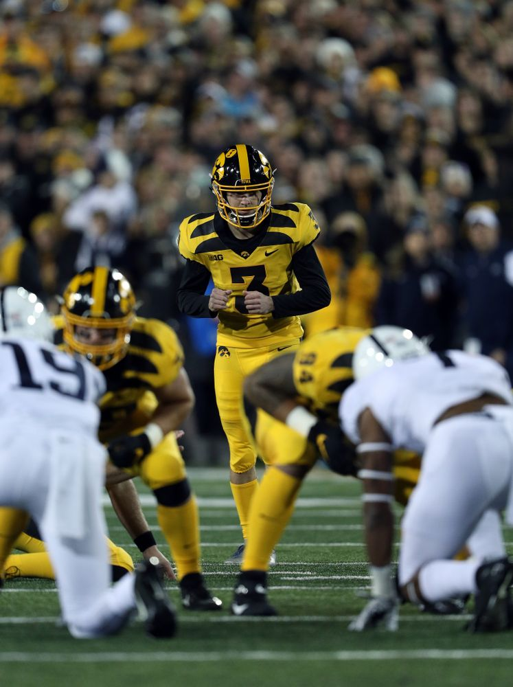 Iowa Hawkeyes place kicker Keith Duncan (3) against the Penn State Nittany Lions Saturday, October 12, 2019 at Kinnick Stadium. (Brian Ray/hawkeyesports.com)