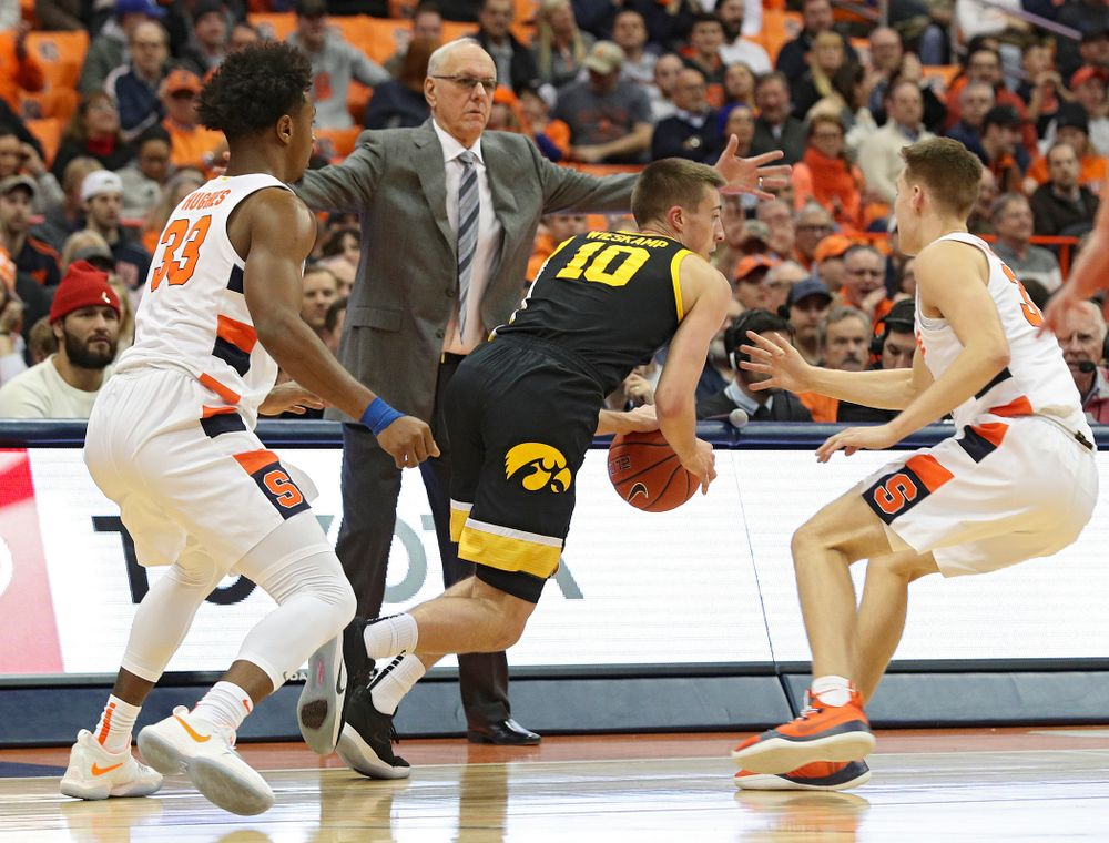Iowa Hawkeyes guard Joe Wieskamp (10) drives with the ball during the first half of their ACC/Big Ten Challenge game at the Carrier Dome in Syracuse, N.Y. on Tuesday, Dec 3, 2019. (Stephen Mally/hawkeyesports.com)