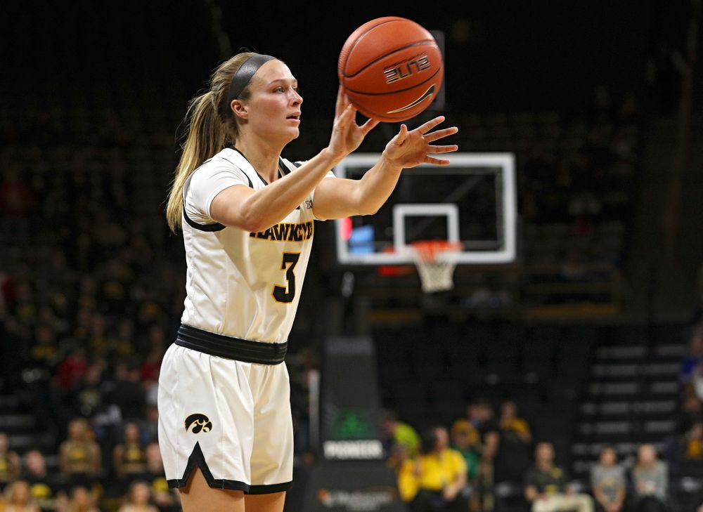 Iowa Hawkeyes guard Makenzie Meyer (3) passes the ball during the third quarter of their game at Carver-Hawkeye Arena in Iowa City on Saturday, December 21, 2019. (Stephen Mally/hawkeyesports.com)