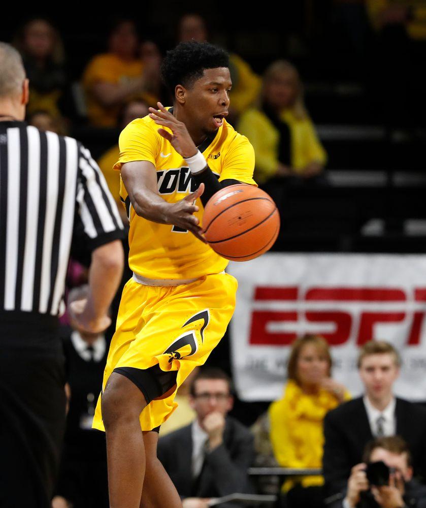 Iowa Hawkeyes guard Isaiah Moss (4)