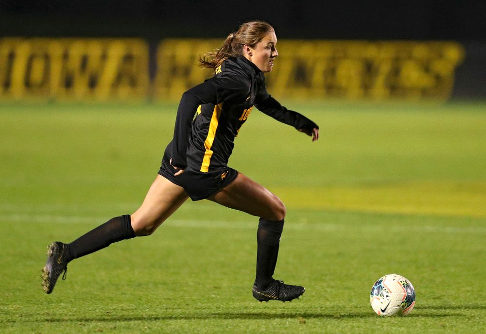 Iowa midfielder Isabella Blackman (6) moves with the ball during the first half of their match at the Iowa Soccer Complex in Iowa City on Friday, Oct 11, 2019. (Stephen Mally/hawkeyesports.com)