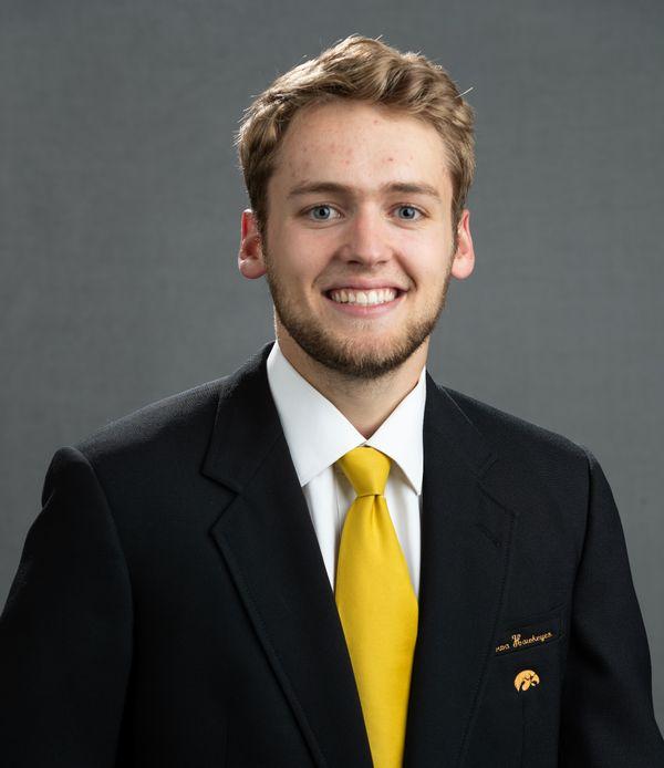 Riley Till - Men's Basketball - University of Iowa Athletics