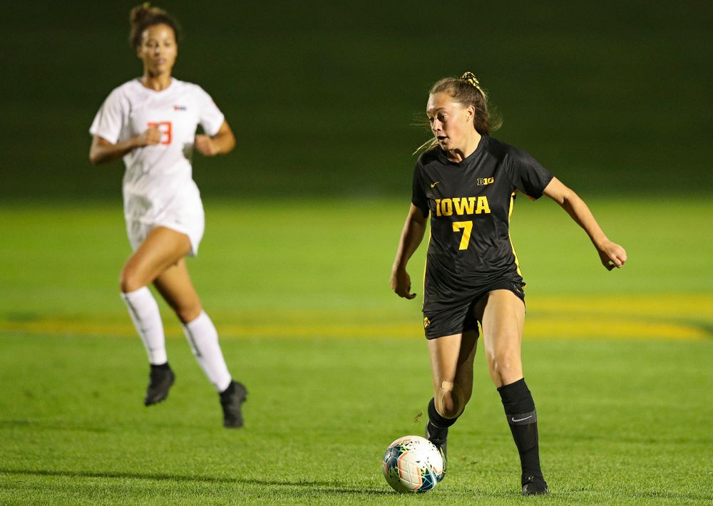 Iowa forward Skylar Alward (7) moves with the ball during the first half of their match against Illinois at the Iowa Soccer Complex in Iowa City on Thursday, Sep 26, 2019. (Stephen Mally/hawkeyesports.com)