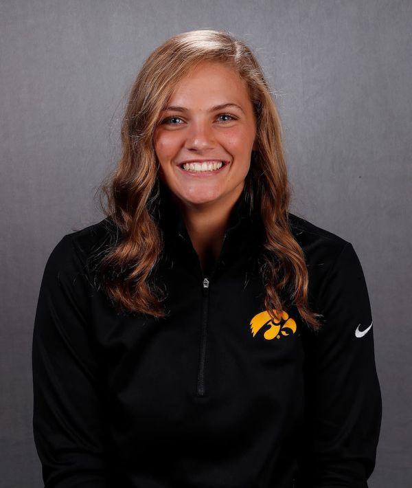 Abby Lien - Softball - University of Iowa Athletics