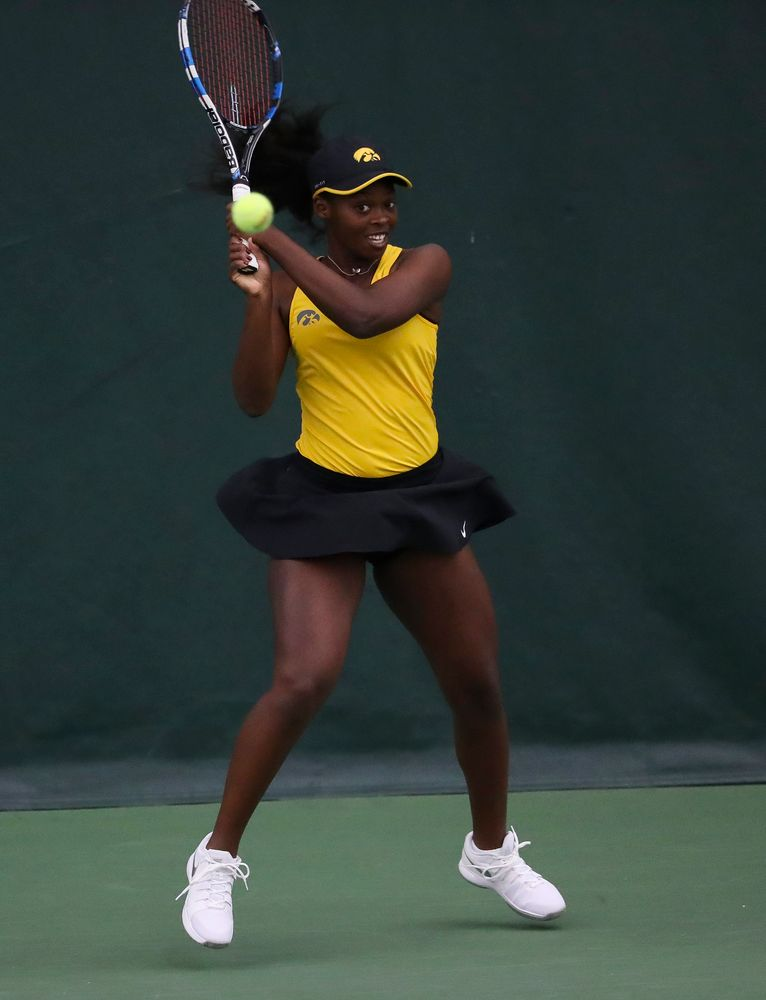 Adorabol Huckleby returns a shot in a singles match during the second day of the ITA Central Regional Championships at the Hawkeye Tennis and Recreation Complex on October 13, 2018. (Tork Mason/hawkeyesports.com)