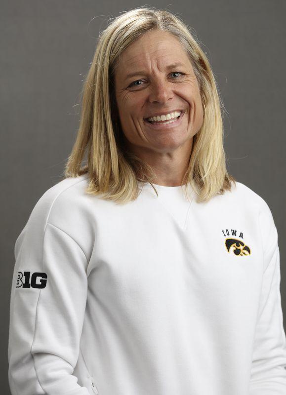 Megan Menzel - Women's Golf - University of Iowa Athletics