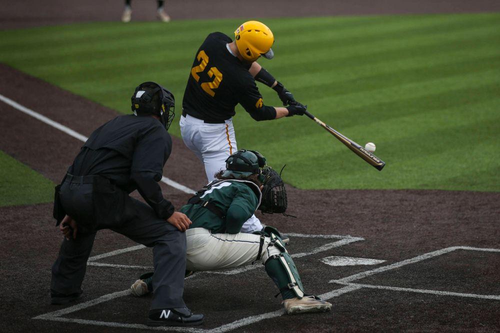 Iowa first baseman Tanner Padgett (22) at baseball vs Michigan State at Duane Banks Field on Saturday, May 11, 2019. (Lily Smith/hawkeyesports.com)