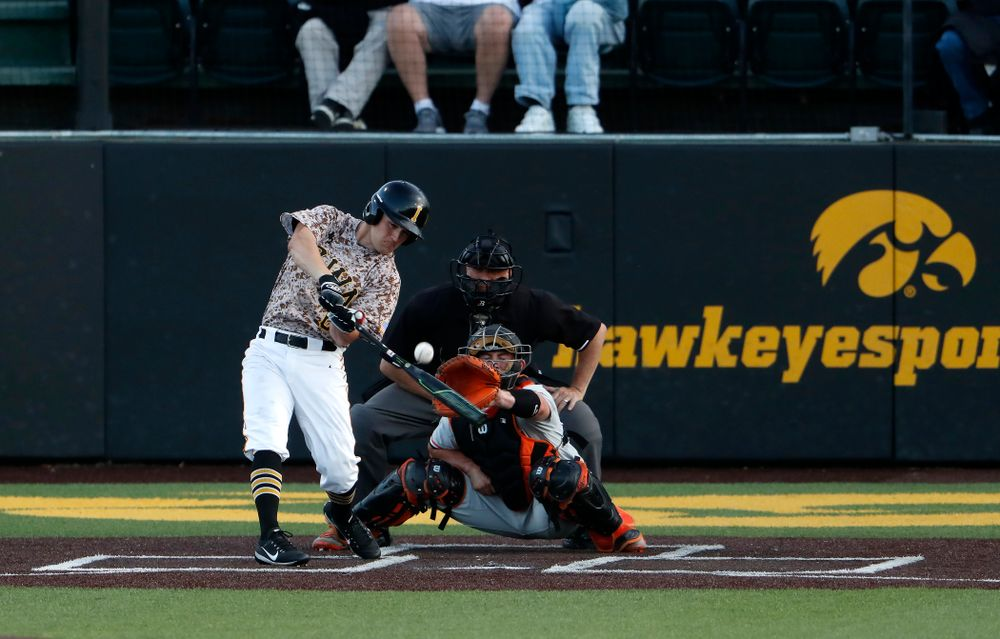 Iowa Hawkeyes outfielder Justin Jenkins (6) against Oklahoma State Friday, May 4, 2018 at Duane Banks Field. (Brian Ray/hawkeyesports.com)