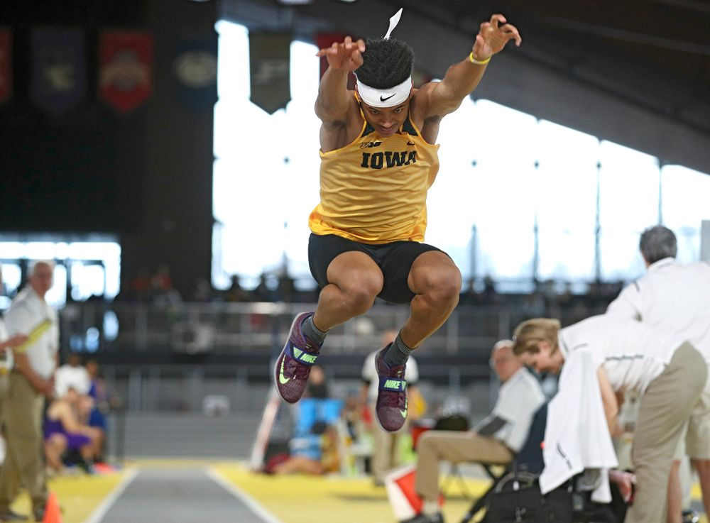 Iowa's James Carter competes in the men's triple jump event at the Black and Gold Invite at the Recreation Building in Iowa City on Saturday, February 1, 2020. (Stephen Mally/hawkeyesports.com)