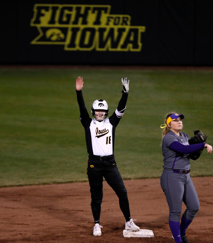 Iowa Hawkeyes catcher Brooke Rozier (16) against Western Illinois Tuesday, April 17, 2018 at Bob Pearl Field. (Brian Ray/hawkeyesports.com)