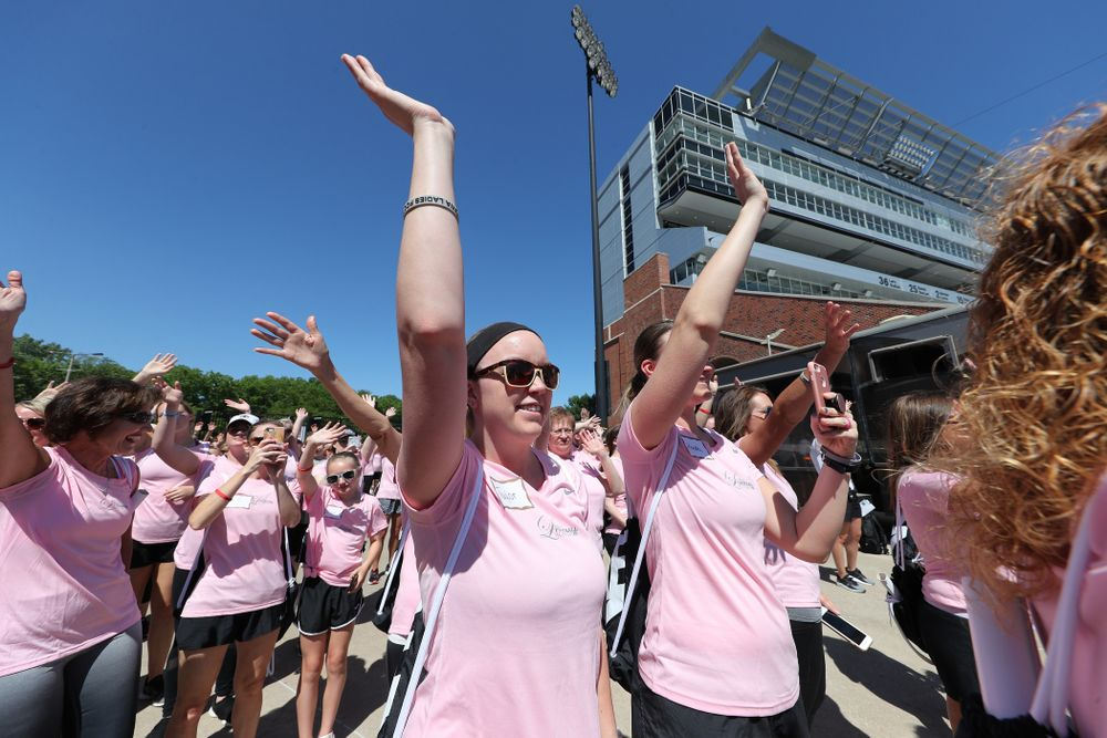 Participants in the 2019 Iowa Ladies Football Academy wave to the Stead Family ChildrenÕs Hospital Saturday, June 8, 2019 at Kinnick Stadium. (Brian Ray/hawkeyesports.com)