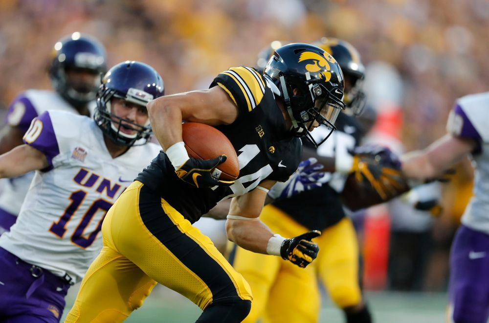 Iowa Hawkeyes wide receiver Kyle Groeneweg (14) against the Northern Iowa Panthers Saturday, September 15, 2018 at Kinnick Stadium. (Brian Ray/hawkeyesports.com)
