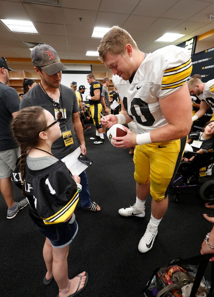 Iowa Hawkeyes defensive end Parker Hesse (40) during Kids Day Saturday, August 11, 2018 at Kinnick Stadium. (Brian Ray/hawkeyesports.com)