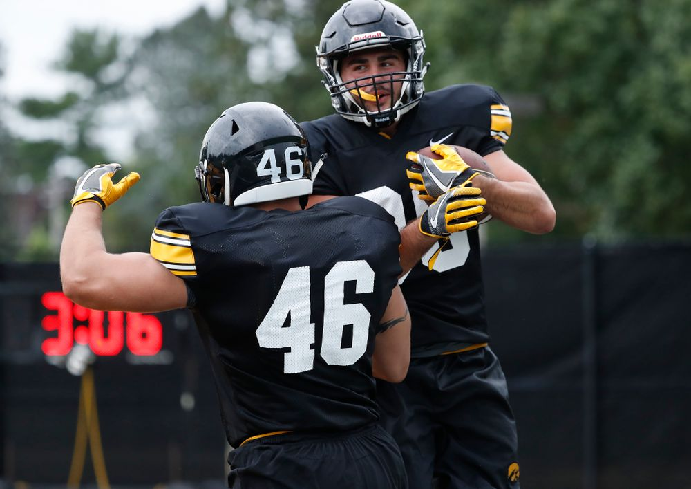 Iowa Hawkeyes wide receiver Nico Ragaini (89) and fullback Austin Kelly (46) during practice No. 4 of Fall Camp Monday, August 6, 2018 at the Hansen Football Performance Center. (Brian Ray/hawkeyesports.com)