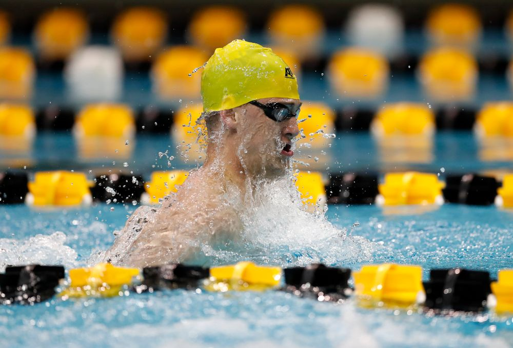 Caleb Babb swims the breaststroke leg of the 200 yard medley relay during the Black and Gold Intrasquad Saturday, September 29, 2018 at the Campus Recreation and Wellness Center. (Brian Ray/hawkeyesports.com)