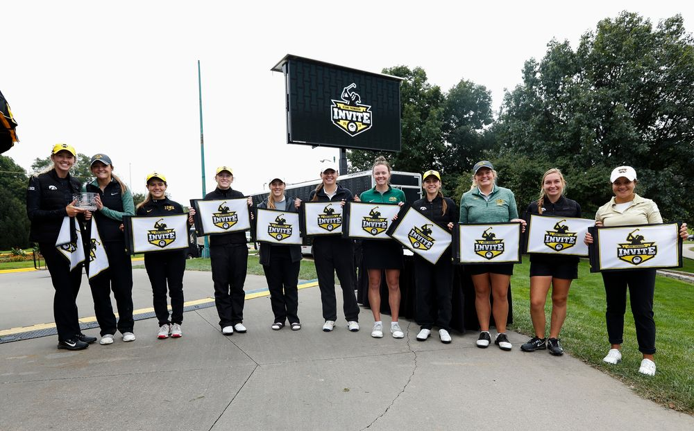 Members of the Diane Thomason Invitation All-Tournament team pose for a photo after the final round of the Diane Thomason Invitational at Finkbine Golf Course on September 30, 2018. (Tork Mason/hawkeyesports.com)