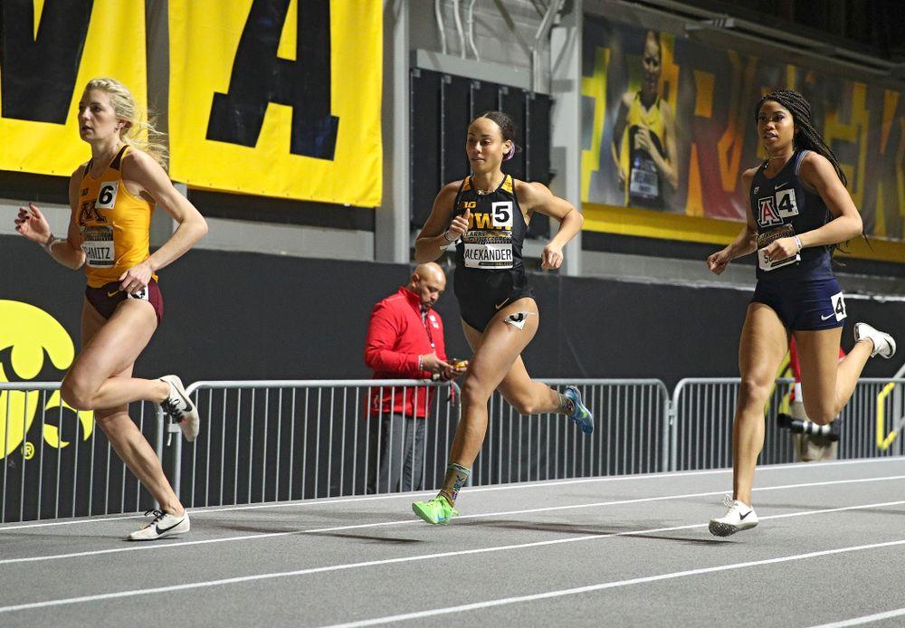 Iowa's Anaya Alexander runs the women's 600 meter run premier event during the Larry Wieczorek Invitational at the Recreation Building in Iowa City on Friday, January 17, 2020. (Stephen Mally/hawkeyesports.com)