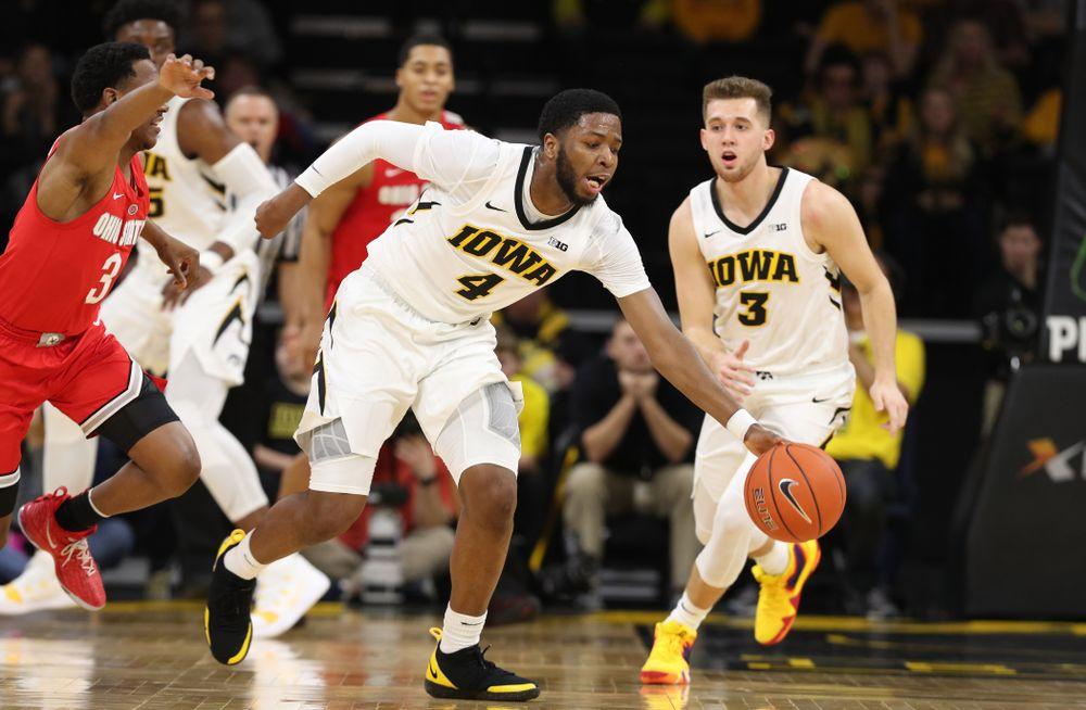 Iowa Hawkeyes guard Isaiah Moss (4) against the Ohio State Buckeyes Saturday, January 12, 2019 at Carver-Hawkeye Arena. (Brian Ray/hawkeyesports.com)