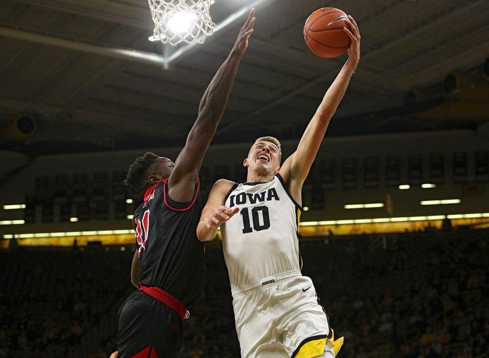 Iowa Hawkeyes guard Joe Wieskamp (10) puts up a shot during the first half of their game at Carver-Hawkeye Arena in Iowa City on Friday, Nov 8, 2019. (Stephen Mally/hawkeyesports.com)