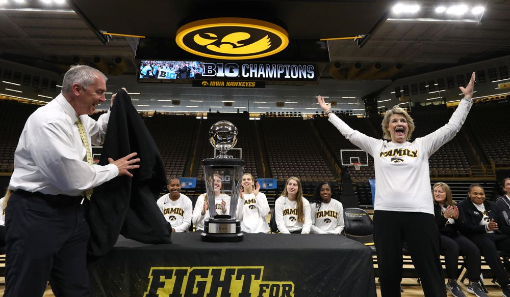 Henry B. and Patricia B. Tippie Director of Athletics Chair Gary Barta and head coach Lisa Bluder during a celebration of their Big Ten Women's Basketball Tournament championship Monday, March 18, 2019 at Carver-Hawkeye Arena. (Brian Ray/hawkeyesports.com)