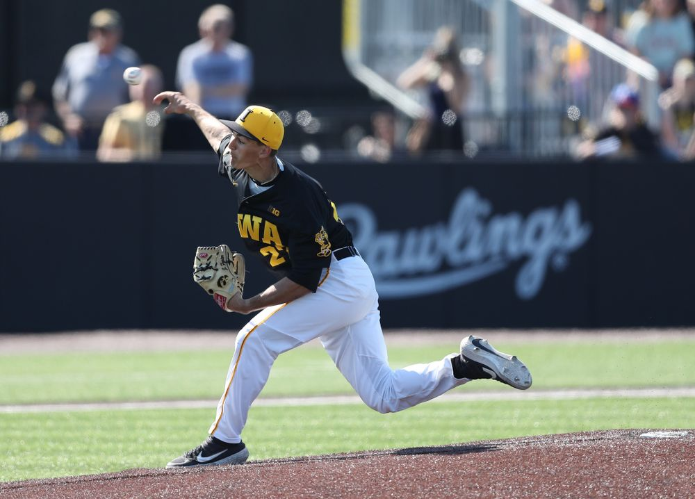 Iowa Hawkeyes Jason Foster (27) delivers the ball to the plate during game two against UC Irvine Saturday, May 4, 2019 at Duane Banks Field. (Brian Ray/hawkeyesports.com)