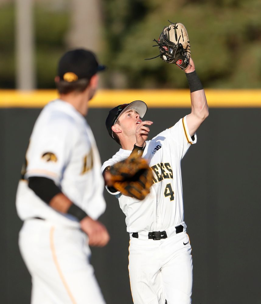Iowa Hawkeyes infielder Mitchell Boe (4)  against the Michigan Wolverines Friday, April 27, 2018 at Duane Banks Field in Iowa City. (Brian Ray/hawkeyesports.com)