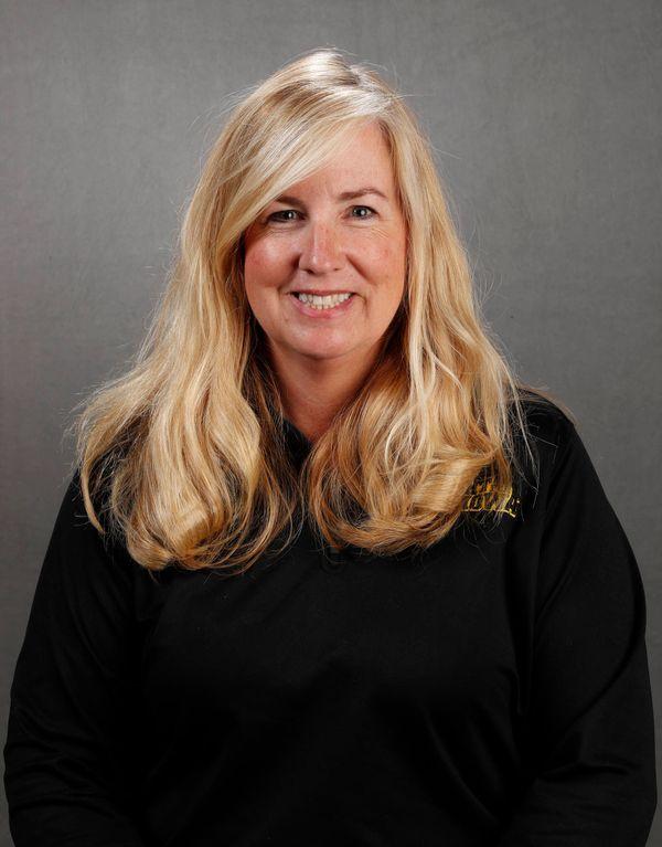 Julia  Tomash -  - University of Iowa Athletics