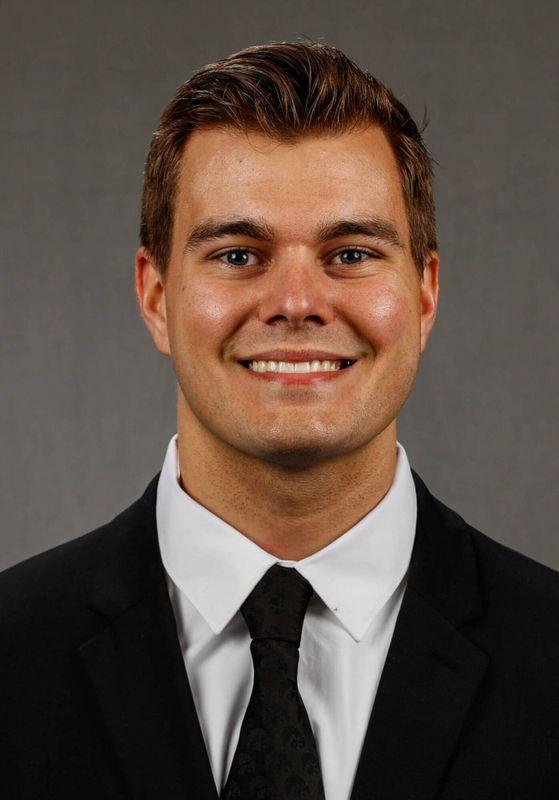 Sam Brincks - Football - University of Iowa Athletics