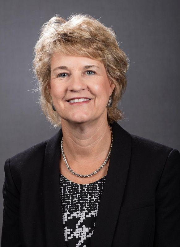 Lisa Bluder - Women's Basketball - University of Iowa Athletics