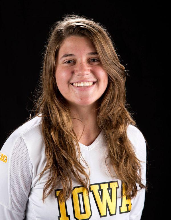 Michelle Fugarino - Volleyball - University of Iowa Athletics