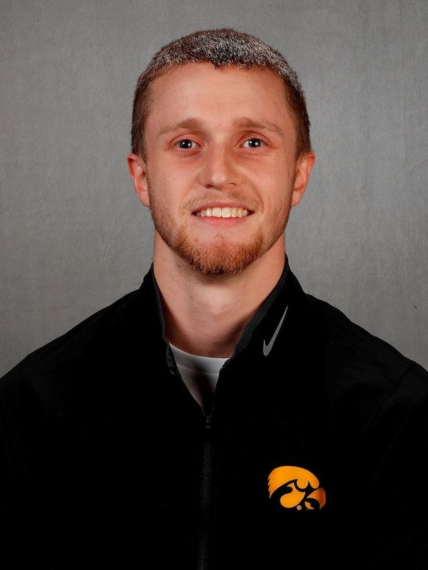 Tyler Ball - Men's Gymnastics - University of Iowa Athletics