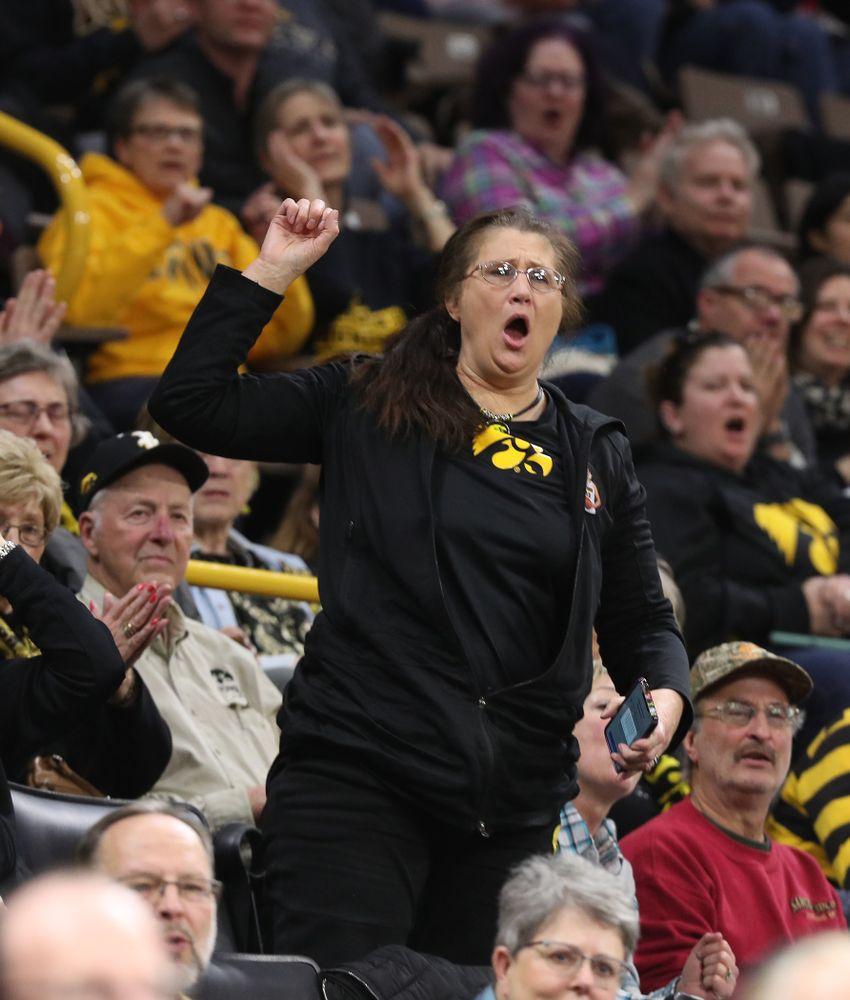 Eva Gustafson against the Illinois Fighting Illini Thursday, February 14, 2019 at Carver-Hawkeye Arena. (Brian Ray/hawkeyesports.com)
