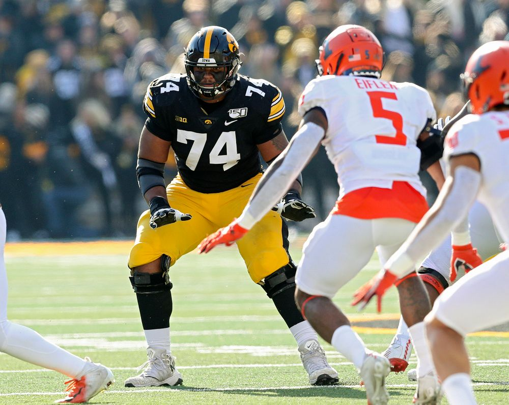 Iowa Hawkeyes offensive lineman Tristan Wirfs (74) looks to block during the second quarter of their game at Kinnick Stadium in Iowa City on Saturday, Nov 23, 2019. (Stephen Mally/hawkeyesports.com)