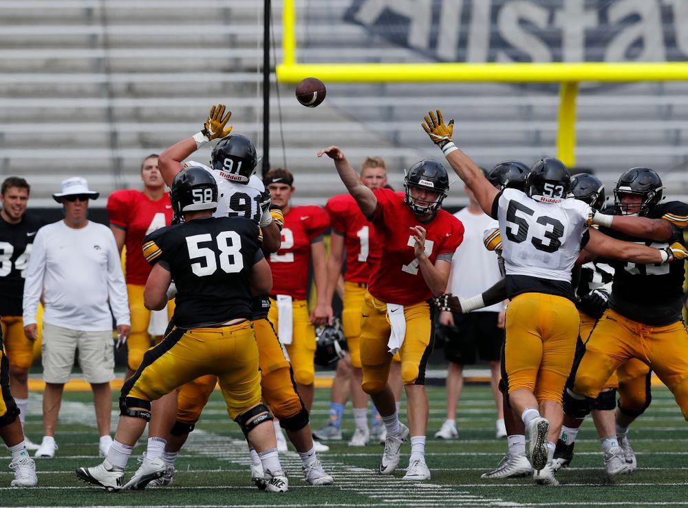 Iowa Hawkeyes quarterback Spencer Petras (7) during Kids Day Saturday, August 11, 2018 at Kinnick Stadium. (Brian Ray/hawkeyesports.com)