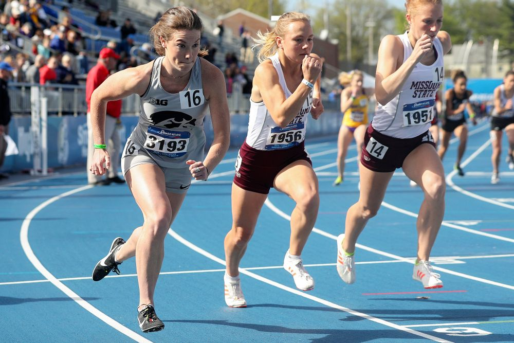Iowa's Lindsay Welker runs the women's 800 meter event during the first day of the Drake Relays at Drake Stadium in Des Moines on Thursday, Apr. 25, 2019. (Stephen Mally/hawkeyesports.com)