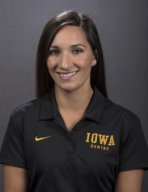 Natasia Giles - Women's Rowing - University of Iowa Athletics