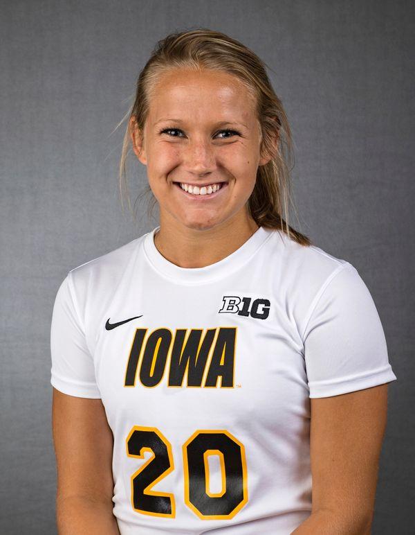 Chelsey Henry - Women's Soccer - University of Iowa Athletics