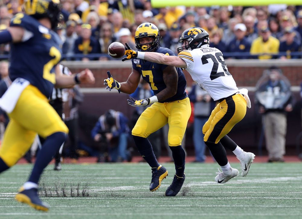 Iowa Hawkeyes defensive back Jack Koerner (28) against the Michigan Wolverines Saturday, October 5, 2019 at Michigan Stadium in Ann Arbor, MI. (Brian Ray/hawkeyesports.com)
