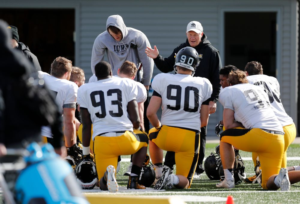 Iowa Hawkeyes defensive line coach Reese Morgan during their eighth spring practice Thursday, April 6, 2017 at the Hayden Fry Football Complex. (Brian Ray/hawkeyesports.com)