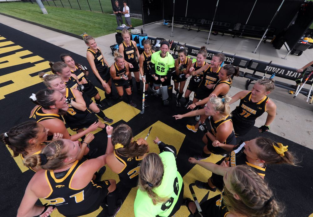 The Iowa Hawkeyes get pumped up for their game against the Duke Blue Devils Sunday, September 15, 2019 at Grant Field.  (Brian Ray/hawkeyesports.com)