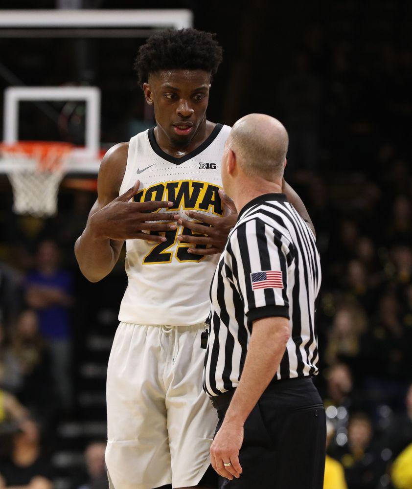 Iowa Hawkeyes forward Tyler Cook (25) against the Northwestern Wildcats Sunday, February 10, 2019 at Carver-Hawkeye Arena. (Brian Ray/hawkeyesports.com)