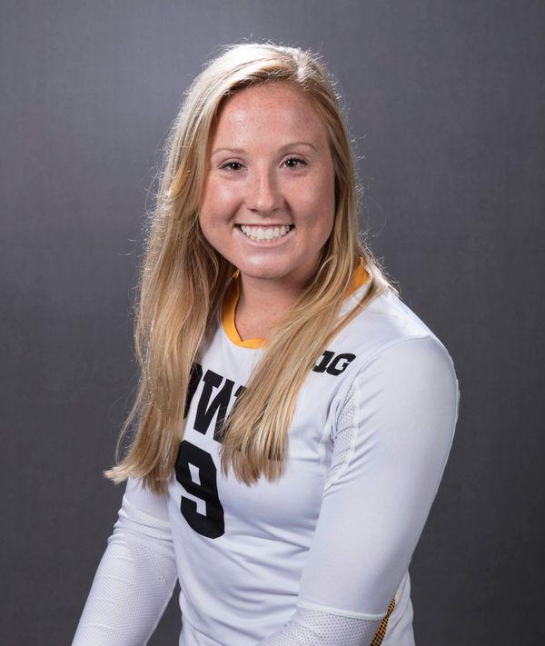 Annika Olsen - Volleyball - University of Iowa Athletics