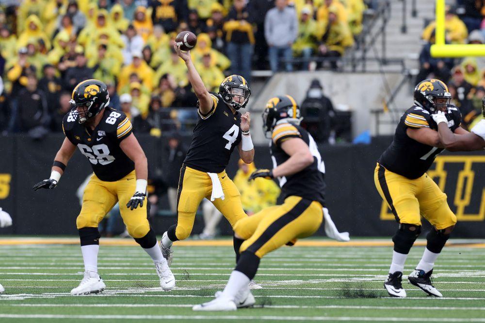 Iowa Hawkeyes quarterback Nate Stanley (4) against the Purdue Boilermakers Saturday, October 19, 2019 at Kinnick Stadium. (Brian Ray/hawkeyesports.com)