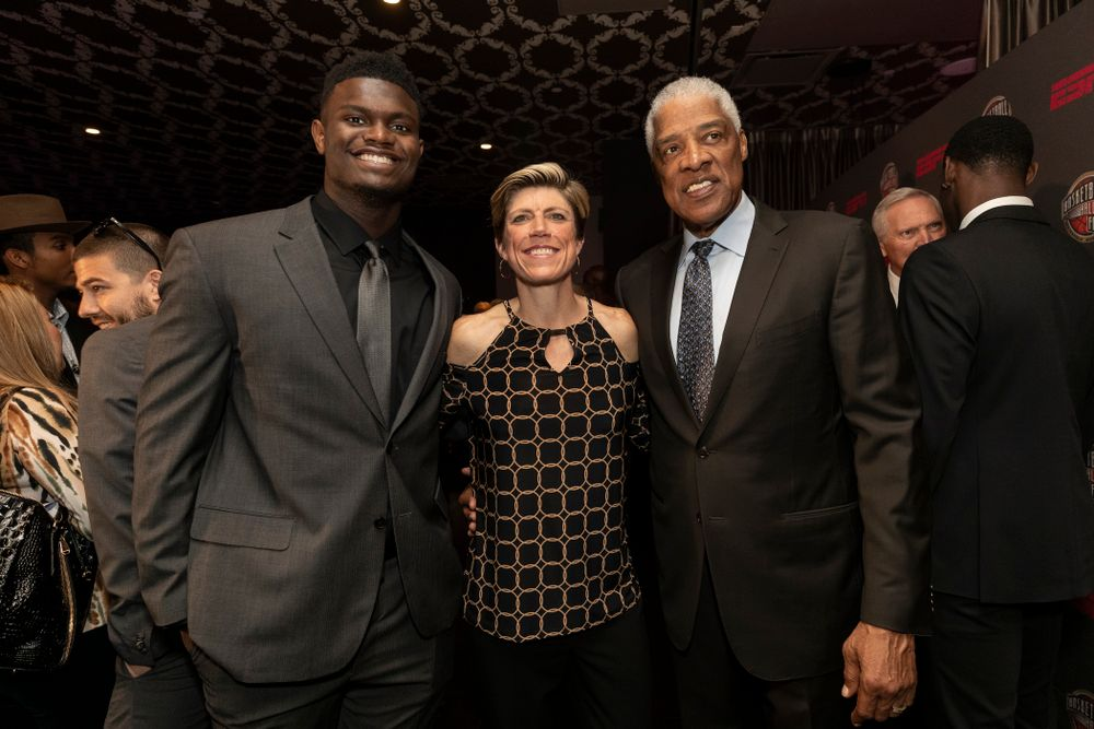 Iowa Hawkeyes associate head coach Jan Jensen with NBA great Julius Erving and DukeÕs Zion Williamson before the ESPN College Basketball Awards show Friday, April 12, 2019 at The Novo at LA Live.  (Brian Ray/hawkeyesports.com)
