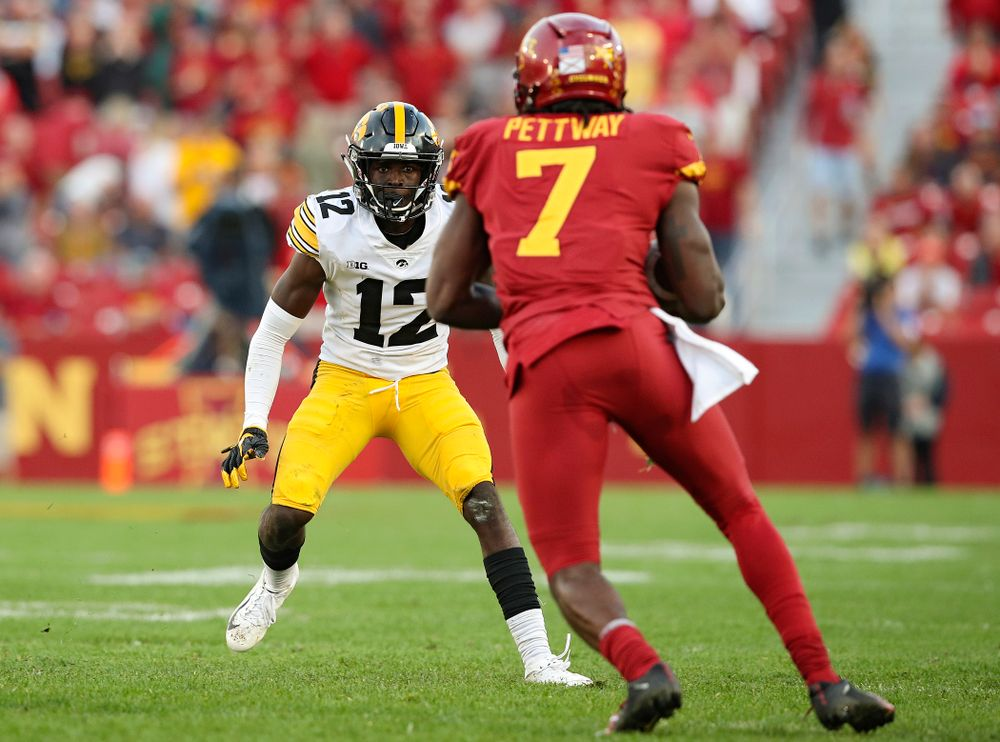 Iowa Hawkeyes defensive back D.J. Johnson (12) closes in during the second quarter of their Iowa Corn Cy-Hawk Series game at Jack Trice Stadium in Ames on Saturday, Sep 14, 2019. (Stephen Mally/hawkeyesports.com)
