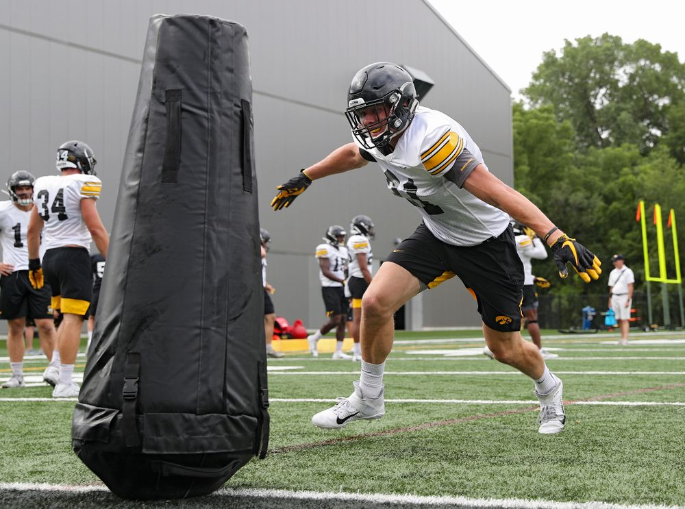 Iowa Hawkeyes linebacker Jack Campbell (31) runs a drill during Fall Camp Practice No. 15 at the Hansen Football Performance Center in Iowa City on Monday, Aug 19, 2019. (Stephen Mally/hawkeyesports.com)