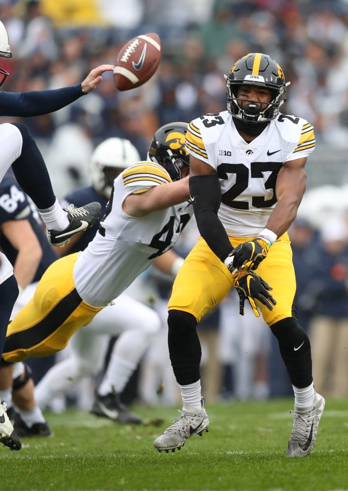 Iowa Hawkeyes wide receiver Dominique Dafney (23) blocks a punt against the Penn State Nittany Lions Saturday, October 27, 2018 at Beaver Stadium in University Park, Pa. (Max Allen/hawkeyesports.com)