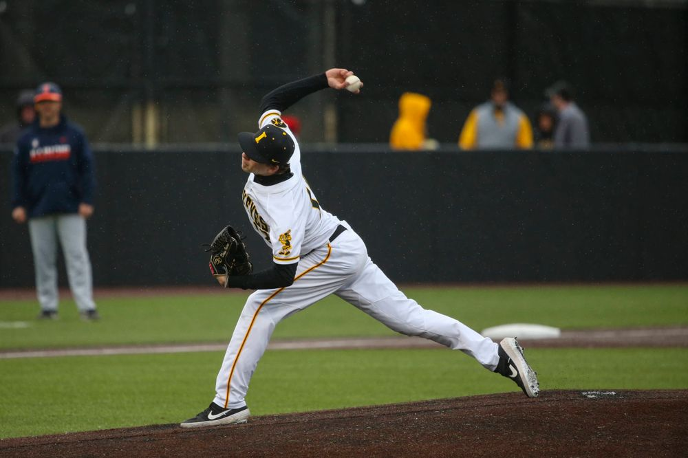 Iowa pitcher Grant Leonard at game 1 vs Illinois on Friday, March 29, 2019 at Duane Banks Field. (Lily Smith/hawkeyesports.com)